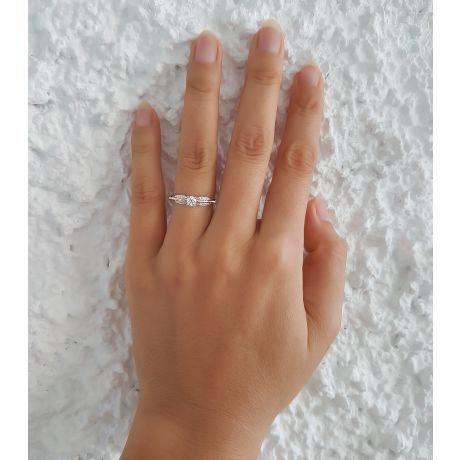 Anello solitario - Due Ori 2.90gr - Diamanti 0.300ct