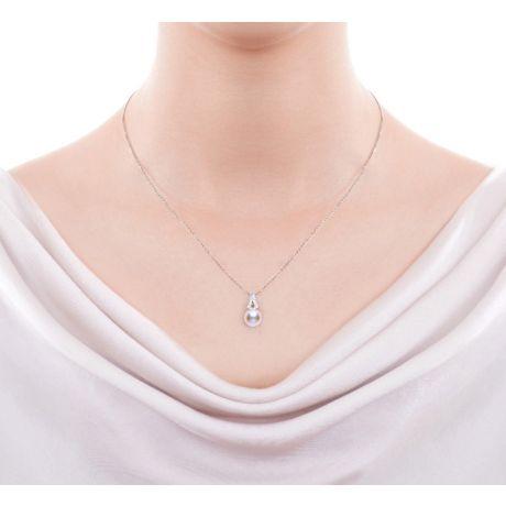 Parure Perle Akoya del Giappone Michiko. Oro bianco e Diamanti