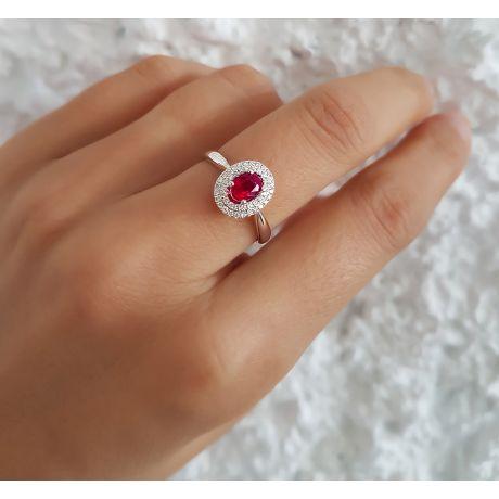 Anello di Fidanzamento oro bianco Rubino e diamanti - Forma Ovale