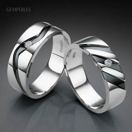 Anello Uomo - Oro bianco 7.20gr - Diamante 0.050ct
