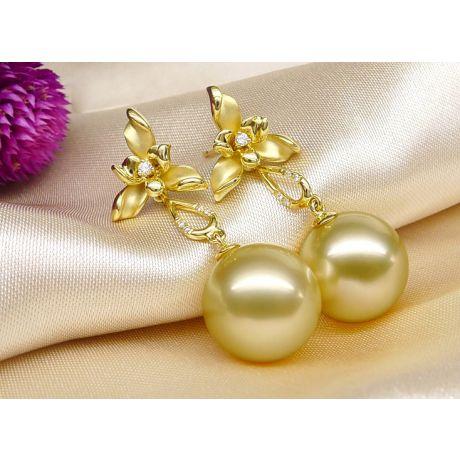 Orecchini Tre Petali Gold. Perle dei Mari del Sud