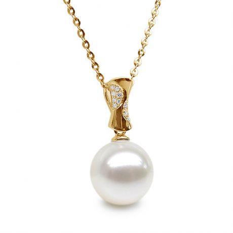 Pendente in oro giallo - Perla di fiume bianca - Diamanti