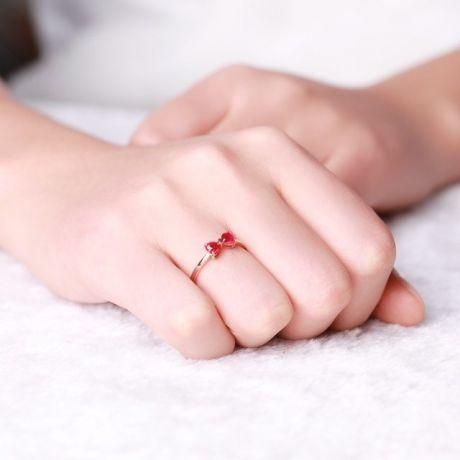 Anello oro rosa rubini taglio cuore - Modello fiocco