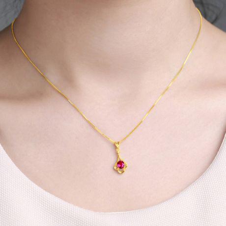 Ciondolo farfalla in oro giallo e rubino