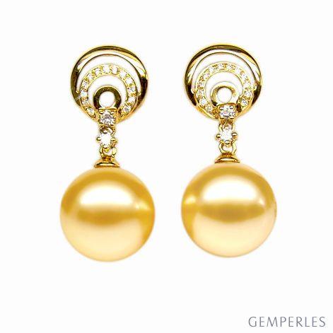 Orecchini perle d'Australia dorate, diamanti. Pendenti oro giallo - 11/12mm