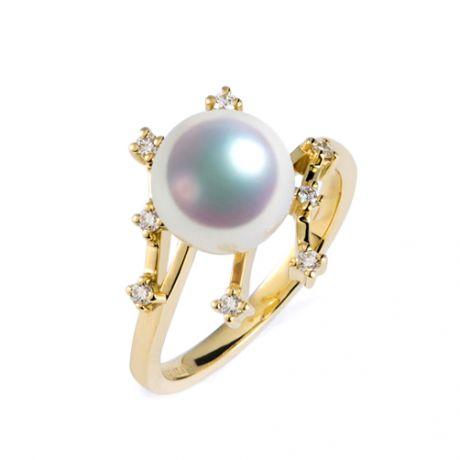 Anello Stella delle Nevi. Perla Akoya Giappone. Oro giallo e diamanti
