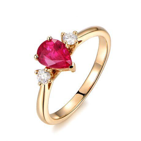 Anello Amore. Oro giallo, Rubino taglio pera, Diamanti