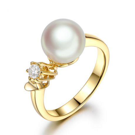 Anello oro giallo. Duo di perla Akoya e Diamante