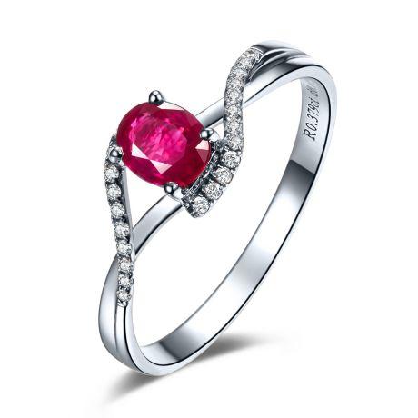 Anello in oro bianco - Rubino taglio ovale e diamanti