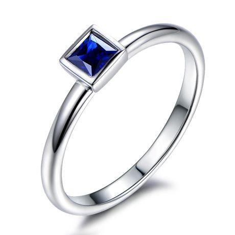 Anello Solitario Quadrato blu zaffiro